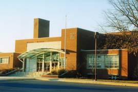 [photo, Brooklyn Park Middle School, 200 Hammonds Lane, Brooklyn Park, Maryland]