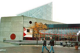 [photo, National Aquarium in Baltimore,