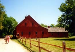 [photo, Red barn at Jefferson Patterson Historical Park and Museum, St. Leonard, Maryland]