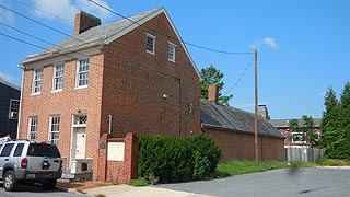 [photo, Roger Brooke Taney House, 121 South Bentz St., Frederick, Maryland]
