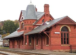 [photo, Baltimore & Ohio Railroad Station Museum, 117 East Liberty St., Oakland, Maryland]