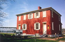 [photo, Lock Tender's House, Susquehanna Museum at the Lock House, Southern Terminus, Susquehanna & Tidewater Canal, Havre de Grace, Maryland]
