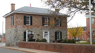[photo, Old Jail Museum and Tourist Information Center, 41625 Courthouse Drive, Leonardtown, Maryland]
