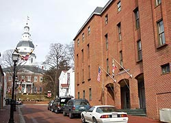 [photo, Wineland Building (State House in background), 16 Francis St., Annapolis, Maryland]