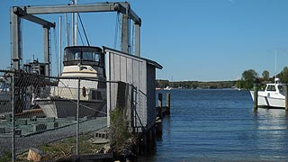 [photo, Research boat, Patuxent River, Chesapeake Biological Laboratory, Solomons, Maryland]