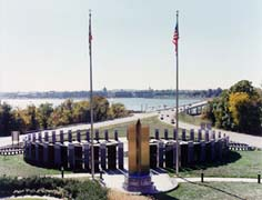 [photo, World War II Memorial overlooking Severn River, Annapolis, Maryland]