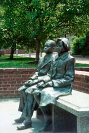 [photo, statues of two children at Thurgood Marshall Memorial, Lawyers' Mall, Annapolis, Maryland]