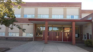 [photo, George Fox Middle School, 7922 Outing Ave, Pasadena, Maryland]