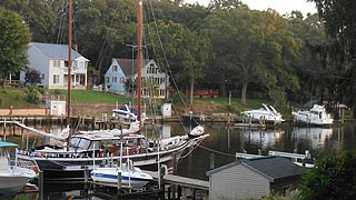 [photo, Boats on Magothy River, Pasadena, Maryland]