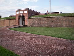 [photo, Entrance to Fort McHenry, Baltimore, Maryland]