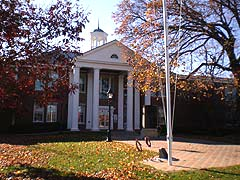 [photo, Calvert County Courthouse, 175 Main St., Prince Frederick, Maryland]