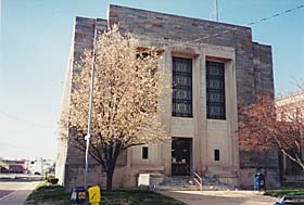 [photo, Courthouse, 129 East Main St., Elkton, Maryland]