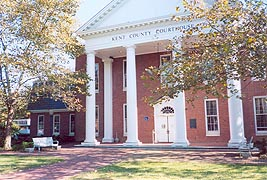 [photo, Kent County Courthouse, 103 Cross St., Chestertown, Maryland]