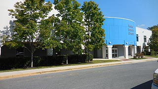 [photo, Bowie Branch Library, 15210 Annapolis Road, Bowie, Maryland]