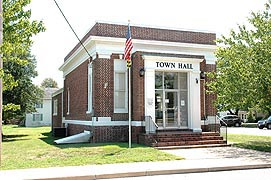[Town Hall, 100 North Main St., Hebron, Maryland]