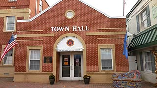 [photo, Town Hall, 22670 Washington St., Leonardtown, Maryland]