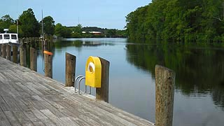 [photo, Dock at Pocomoke River, Pocomoke City (Worcester County), Maryland]